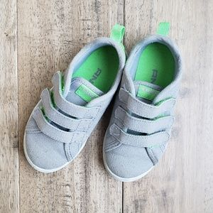 Toddler Grey Canvas Size 8 shoes